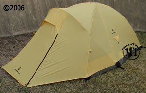 The Black Diamond Skylight is an ultralight 3 person shelter that incorporates a hybrid of single and double wall design to reduce weight while providing ... & Black Diamond Skylight tent (free ground shipping) :: 4-season ...