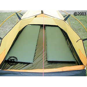 Hilleberg Nammatj 2 GT Mountaineering tent: view with model